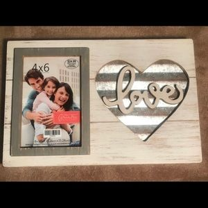 """""""Love"""" Picture Frame"""